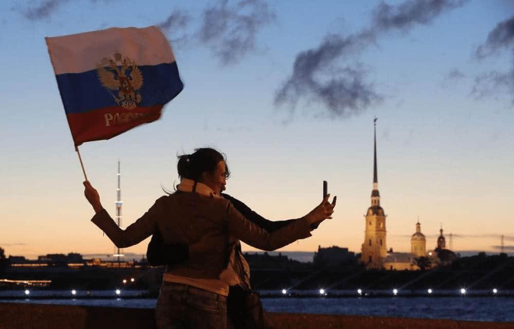 Đêm trắng ở Nga