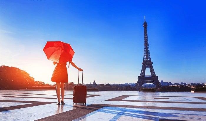 đi du lịch Châu Âu được mang bao nhiêu tiền.