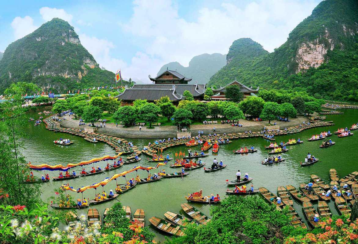 Đền Thung La ở Ninh Bình