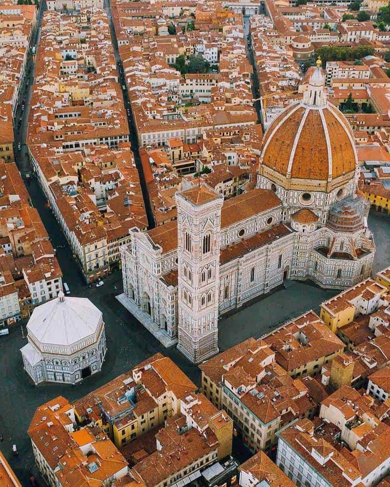 du lịch Ý tháng 4
