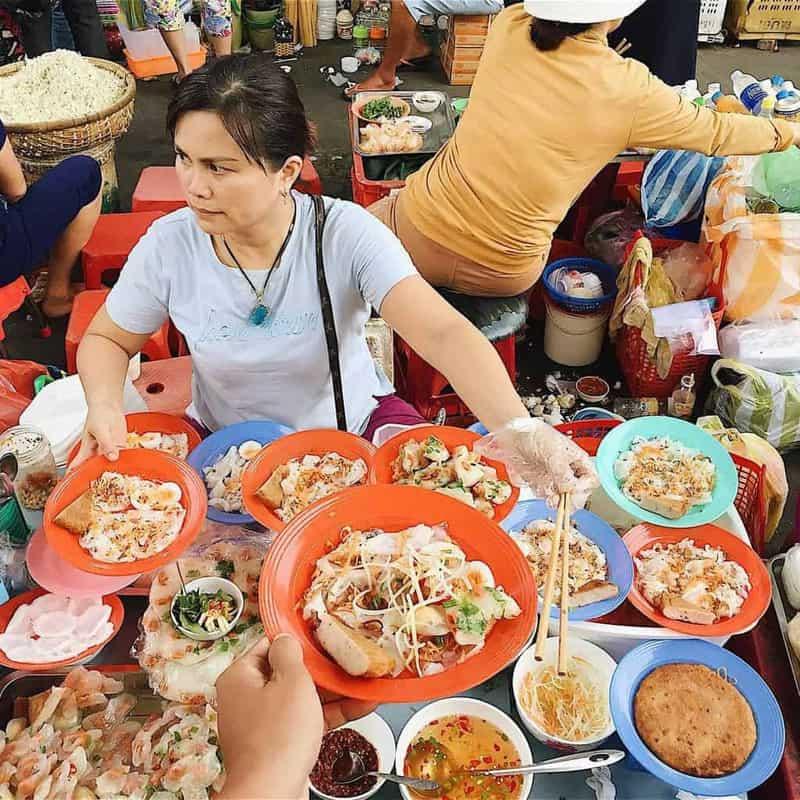 Khu ẩm thực ngoài trời Street Food