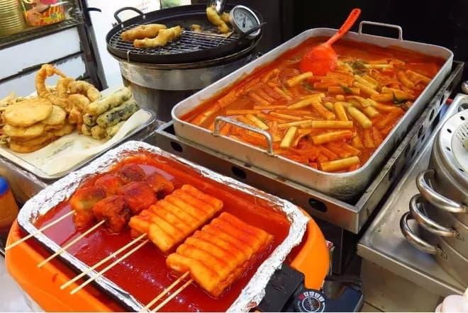 Bánh gạo cay Tteokbokki Hàn Quốc