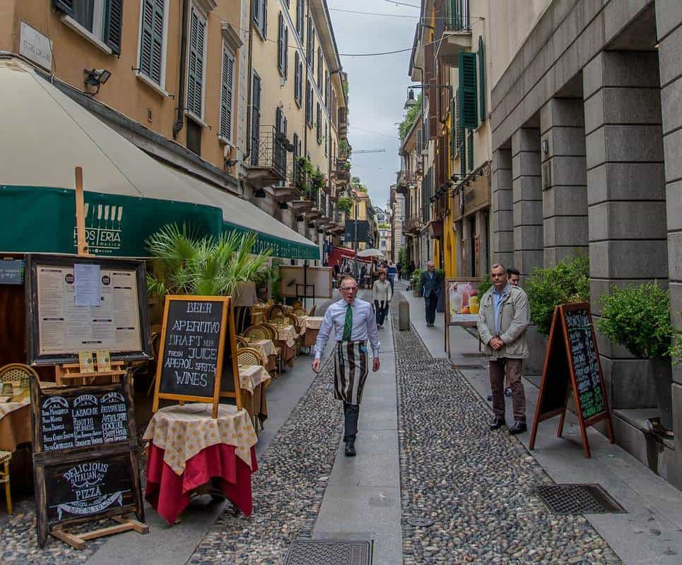 đi mua sắm ở Milan