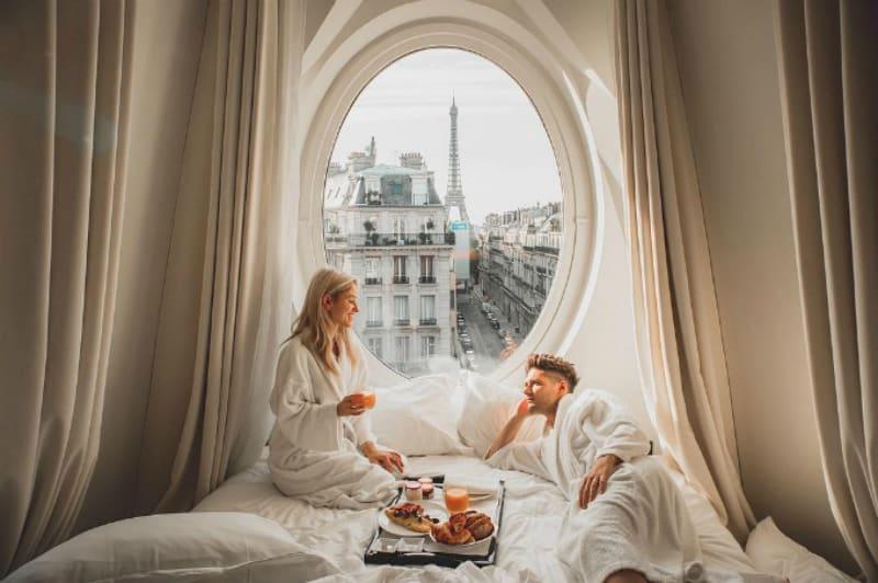 nên ở khách sạn nào ở Paris