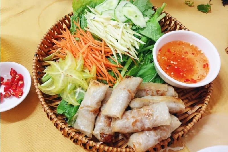món ram quán Việt