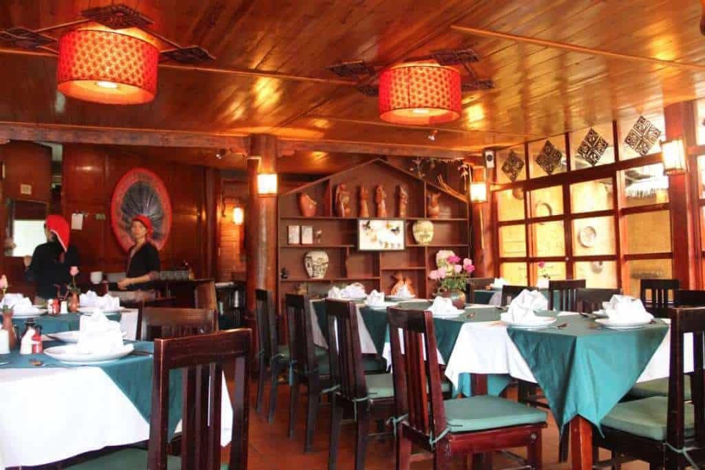 nhà hàng Red Dao
