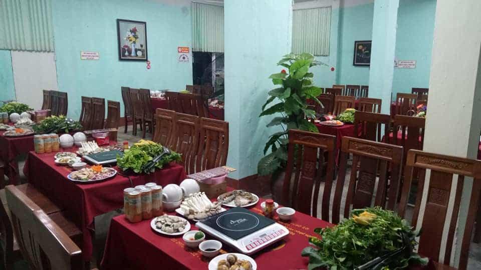 Không gian tại nhà hàng Hợp Thủy