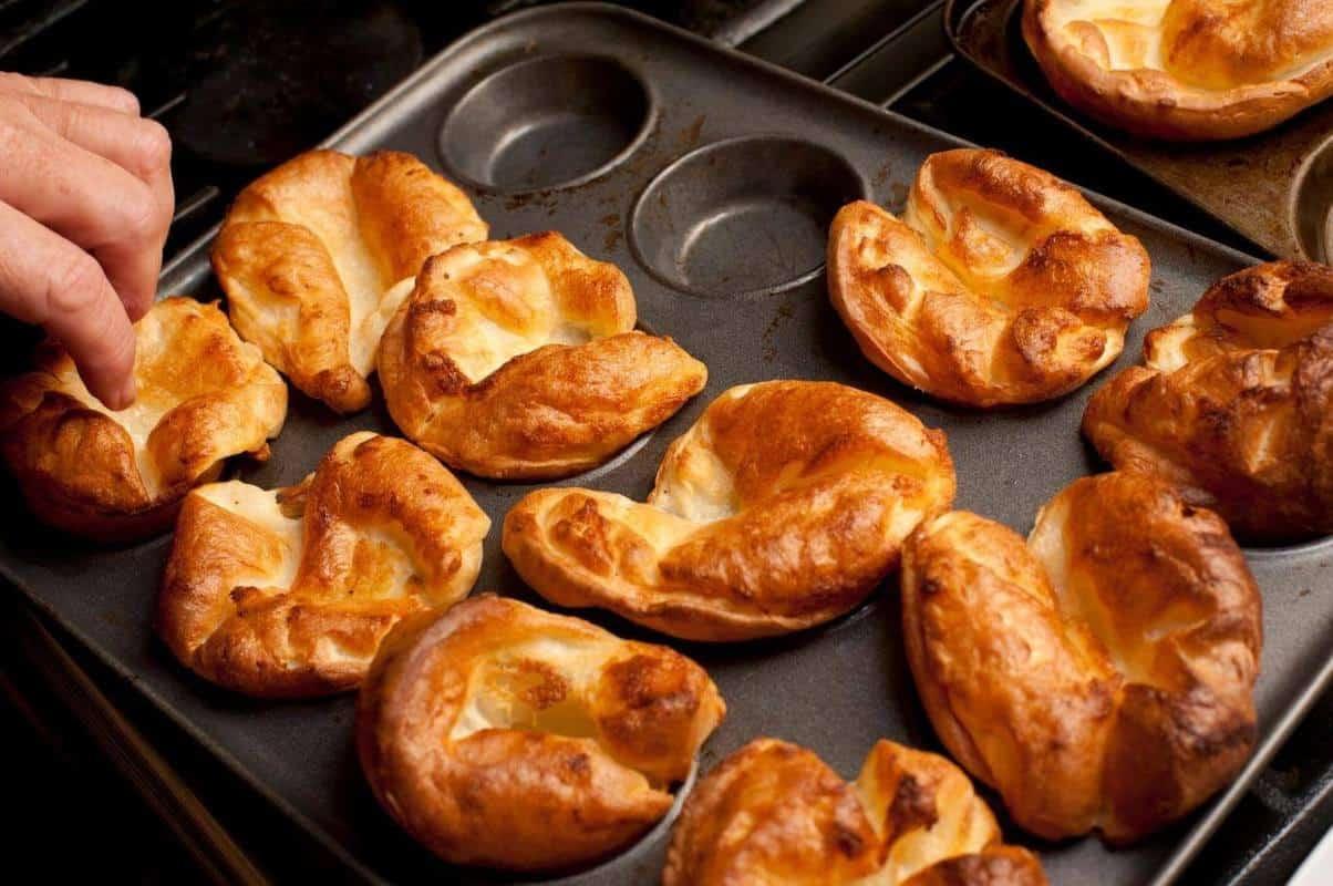 Yorkshire Pudding nước Anh
