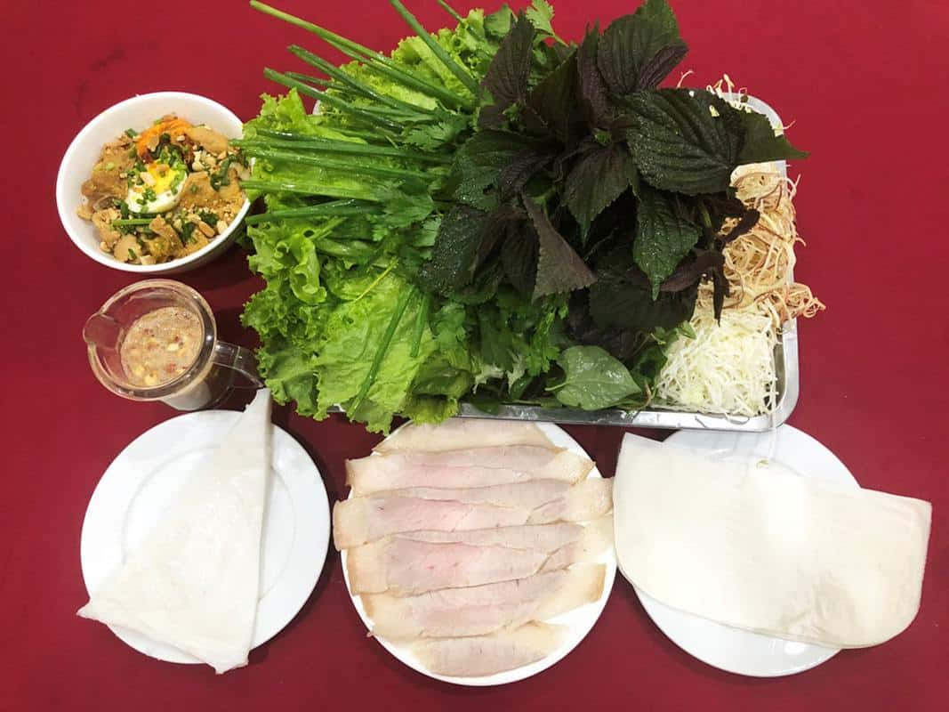 Ẩm thực Gánh ăn Bánh tráng thịt heo tại Đà Nẵng