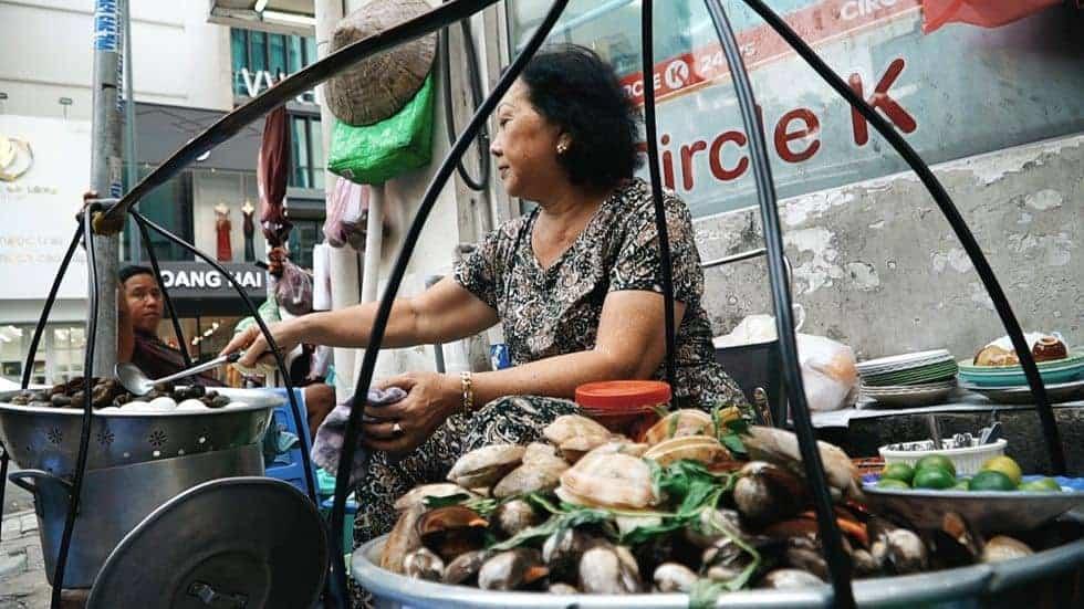 Món ăn đêm ở chợ Đà Lạt