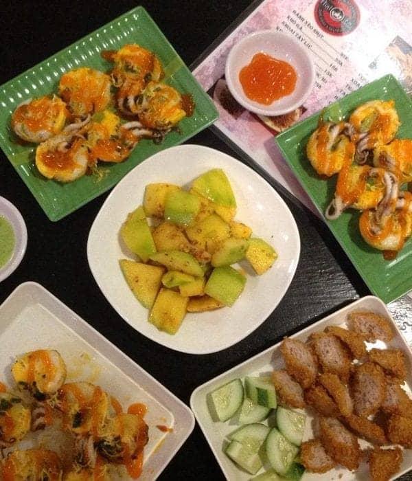 ăn vặt tại Quán Mr Đại Food & Drink