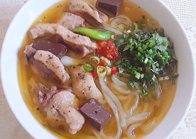 bánh canh vịt Đà Nẵng