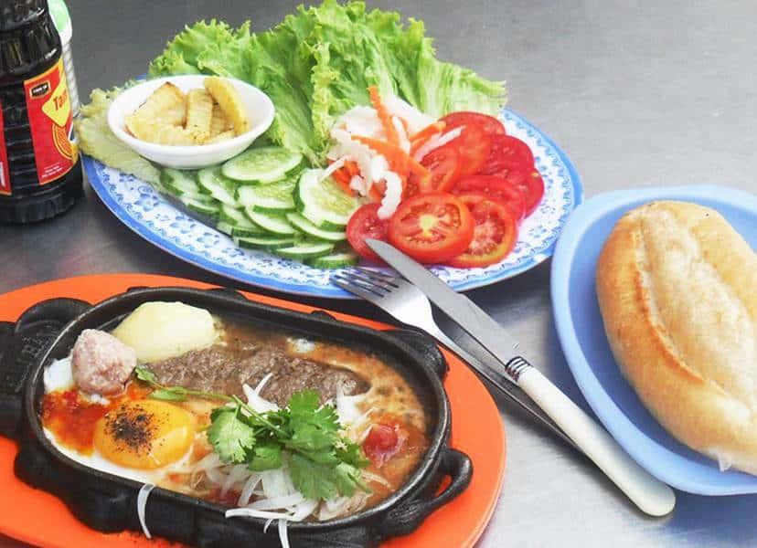Bánh mì bò kho Đà Nẵng