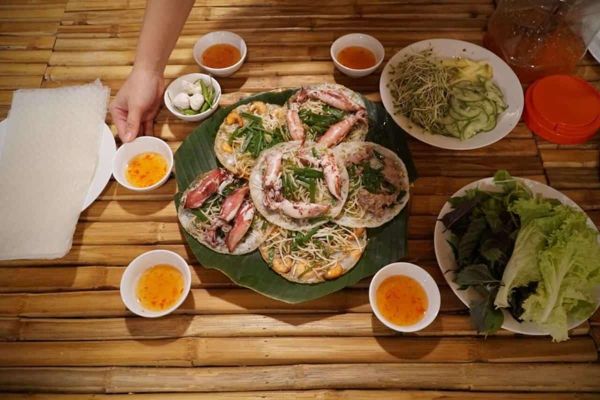 bánh xèo mực Bình Định