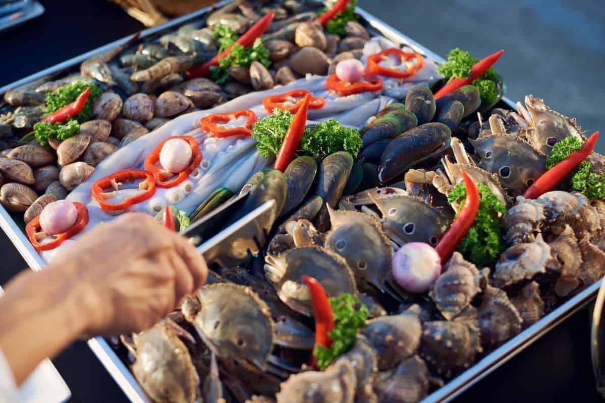 Quầy Buffet hải sản tươi ngon ở Hun Khói Đà Nẵng