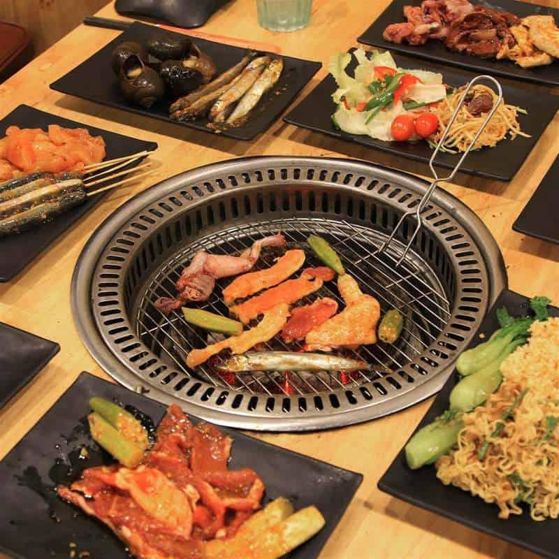 Ăn đồ nướng tại Liu Chu Fang