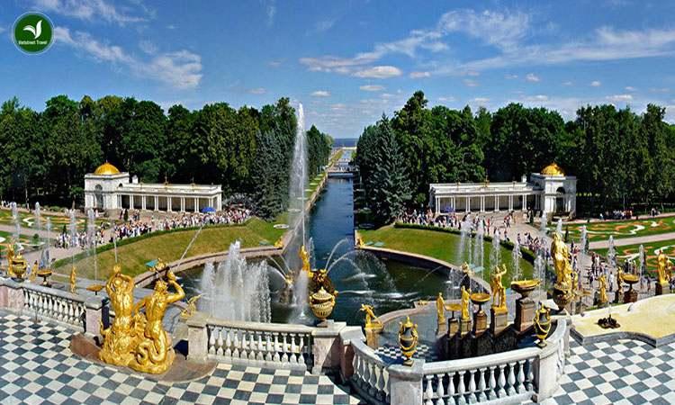 Peterhof ở Nga
