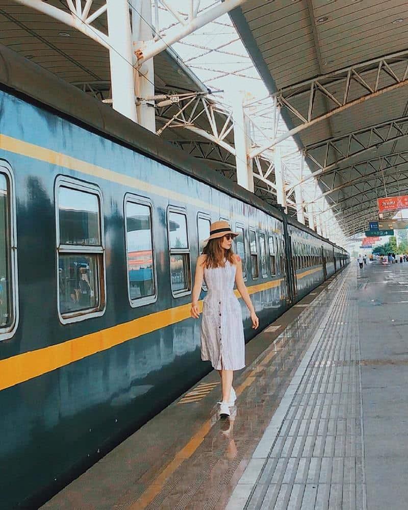 Sang Trung Quốc bằng tàu hỏa