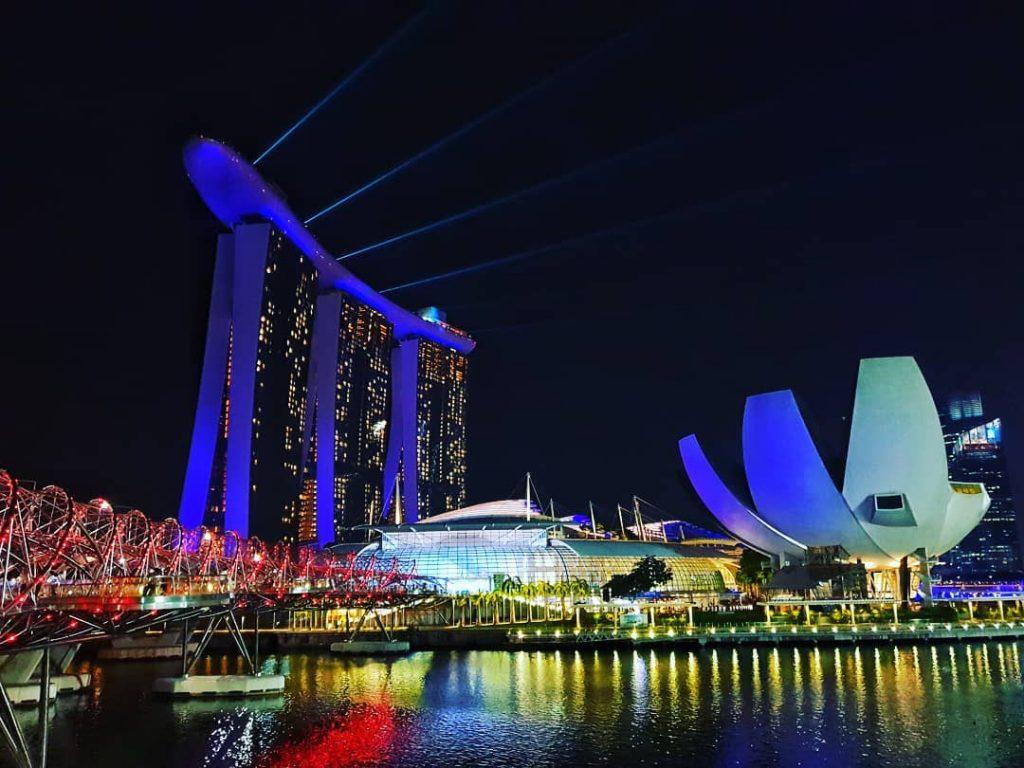 Khach san singapore