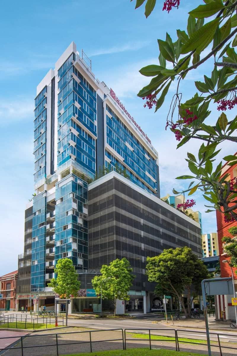 khách sạn lớn nhất singapore