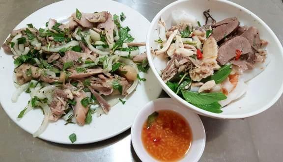 Quán Trang bánh ướt lòng gà