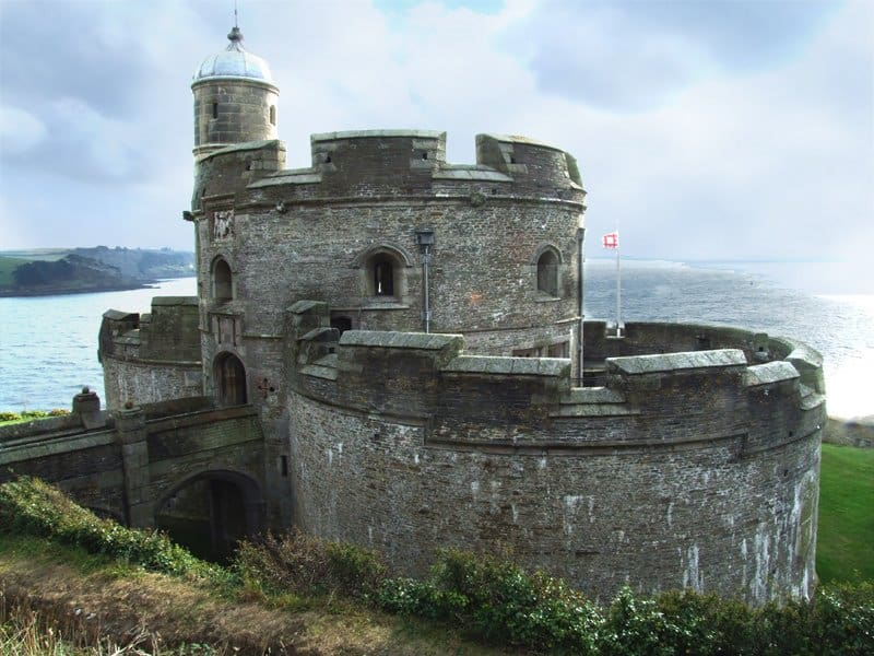 Lâu đài St. Mawes được thiết kế công phu.