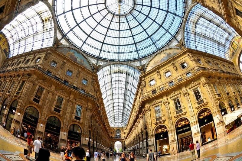mua sắm ở Milan