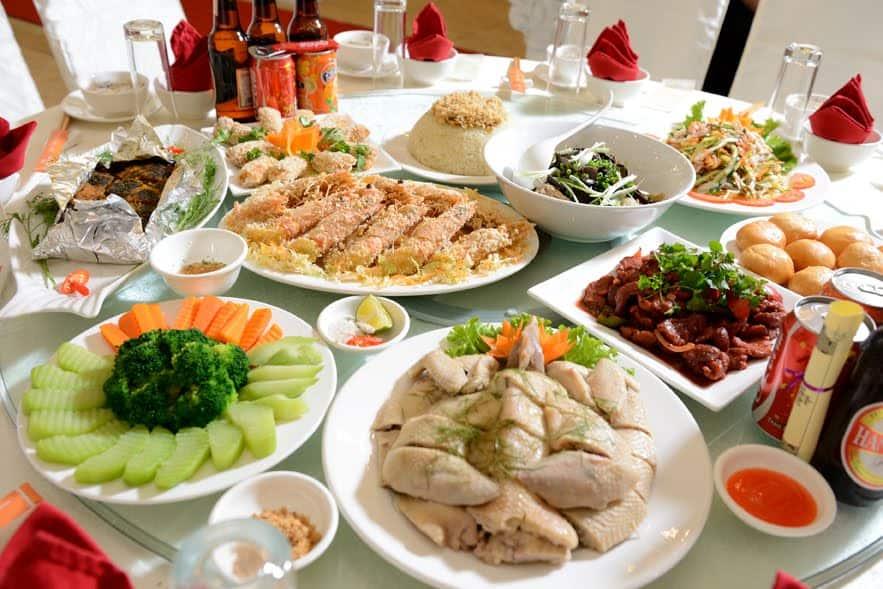 Các món ăn ngon tại nhà hàng