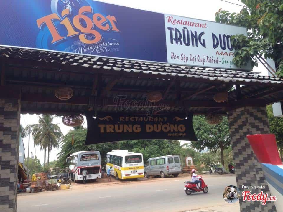 nhà hàng Trùng Dương