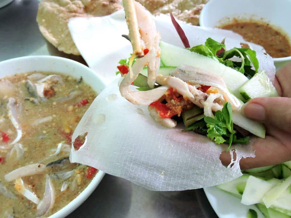 Gỏi cá trích món ngon ở Phú Quốc