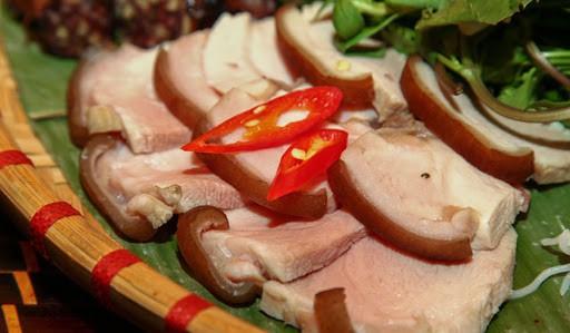 Thịt lợn mường hấp (nướng)