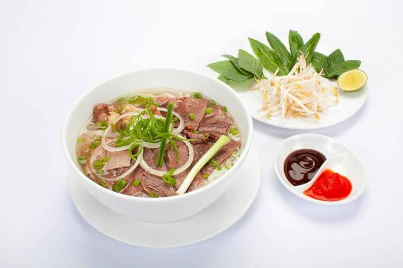 Đi ăn quán phở ở Đà Lạt