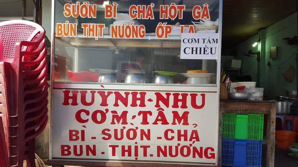 Quán cơm Huỳnh Nhu