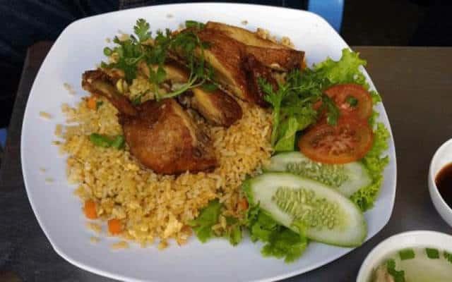 quán cơm gà nào ở Phú Quốc ngon