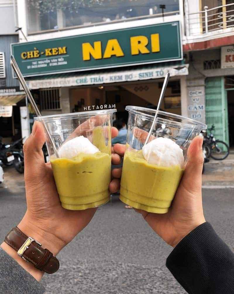 Quán Chè Kem Na Ri