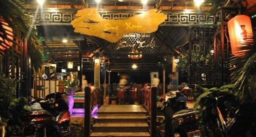 nhà hàng dòng sông xanh phú quốc