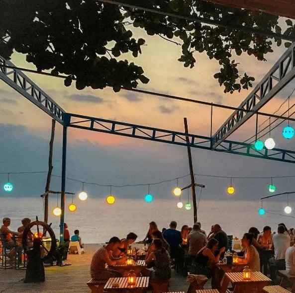 bar bãi biển phú quốc