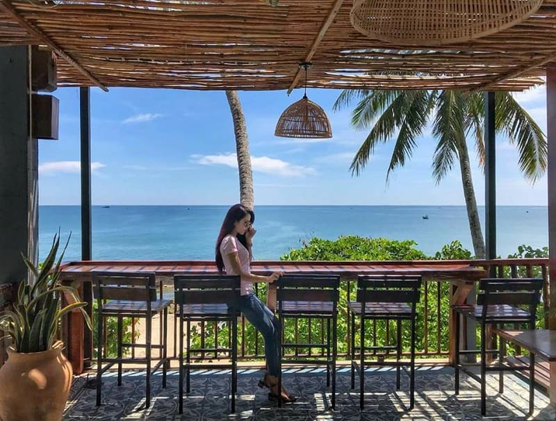 Quán cafe view biển Phú Quốc