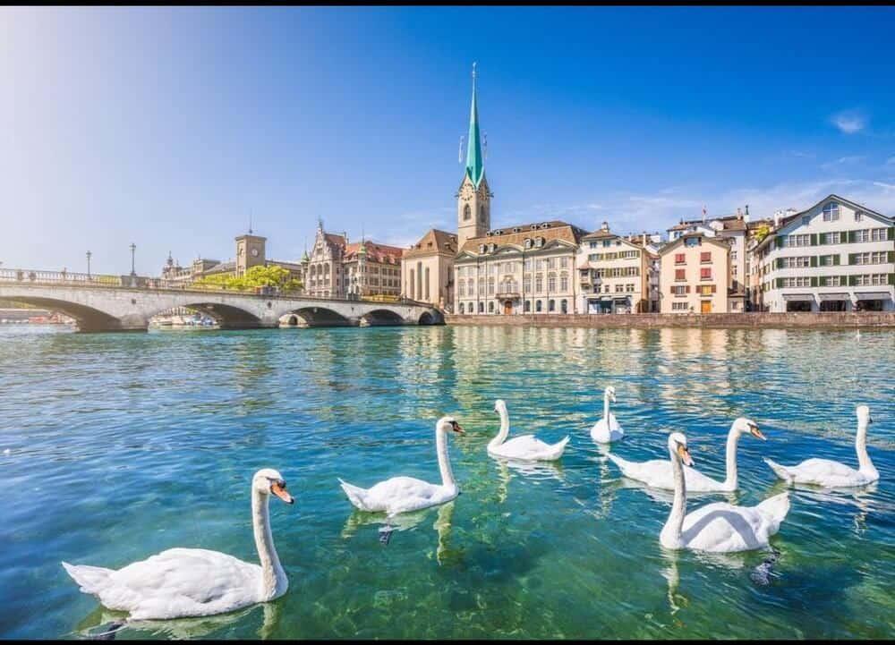 Du lịch Đông Tây Âu khi nào?