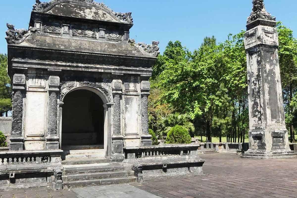 Lăng Đồng Khánh