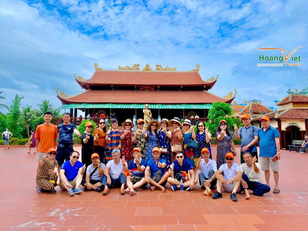 đoàn khách của Hoàng Việt Travel 4