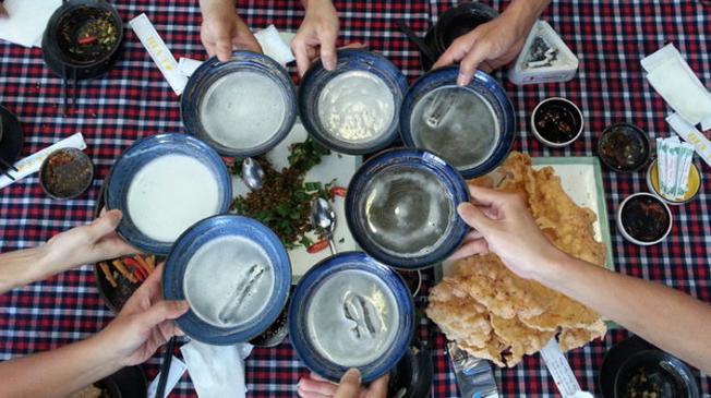 Quán nướng ngói tại Nha Trang