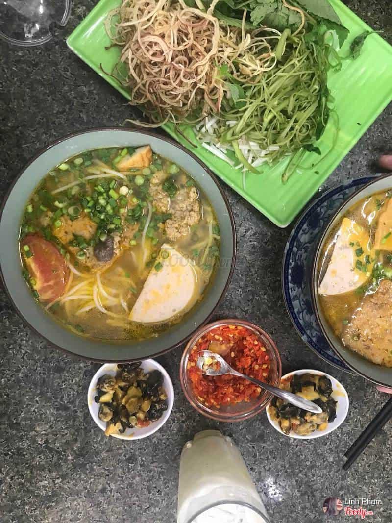 Ăn ngon đường Nguyễn Thái Bình