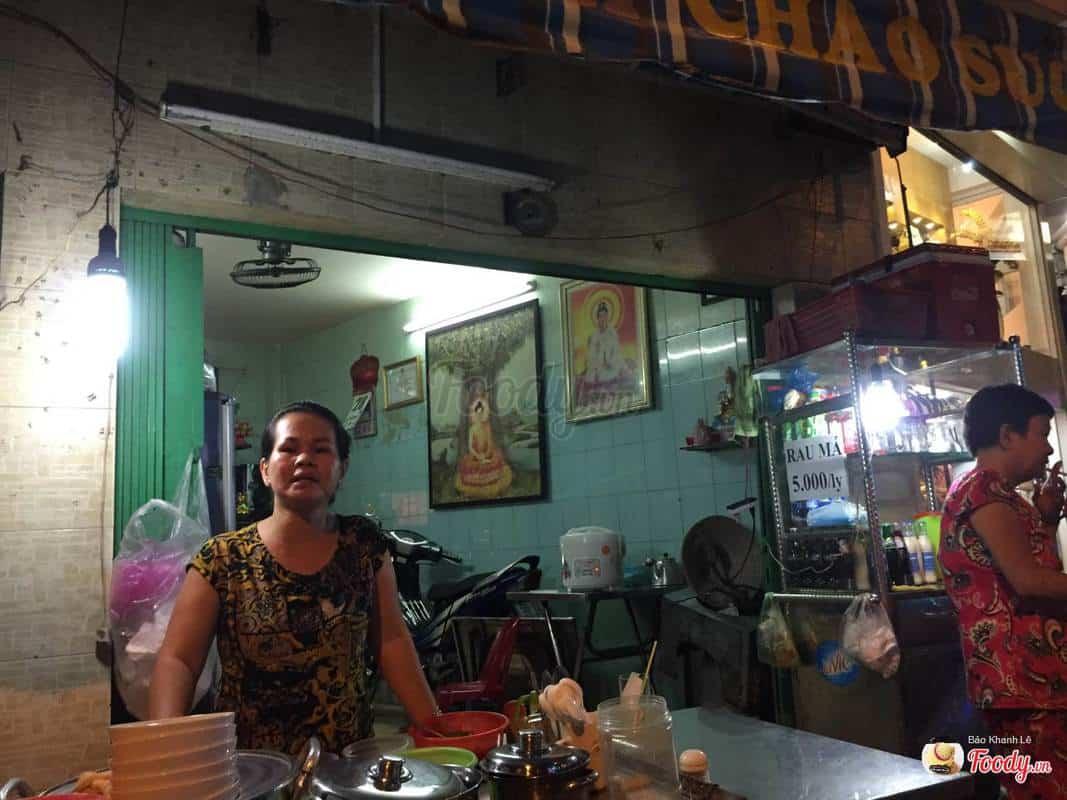Quán đường Trần Quang Khải