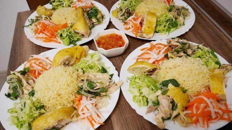 Quán cơm Việt Nam Nha Trang