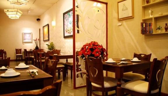 Nhà hàng Phương Mai quận 1