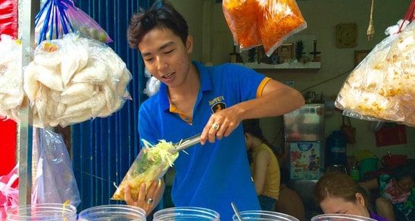 Bánh tráng trộn Ngọc Hoa