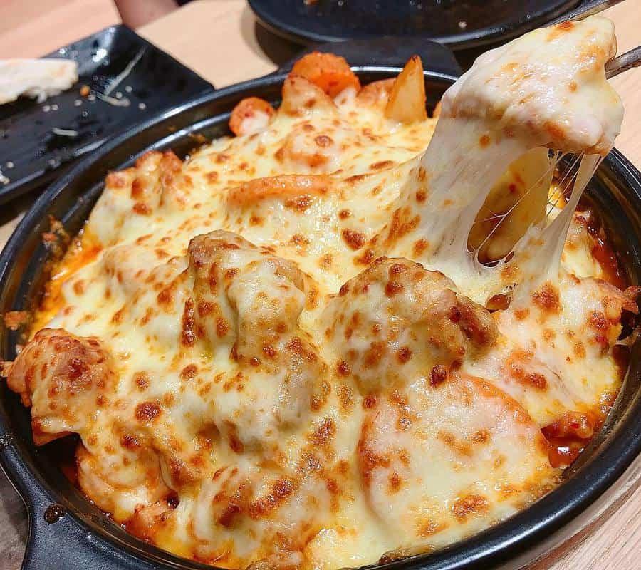 pizza 4p quận 2